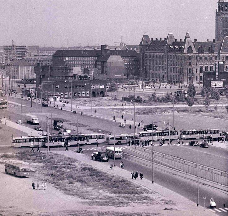 Het Weena, de kruising met de (nieuwe) Kruisstraat (later Karel Doormanstraat), 1953