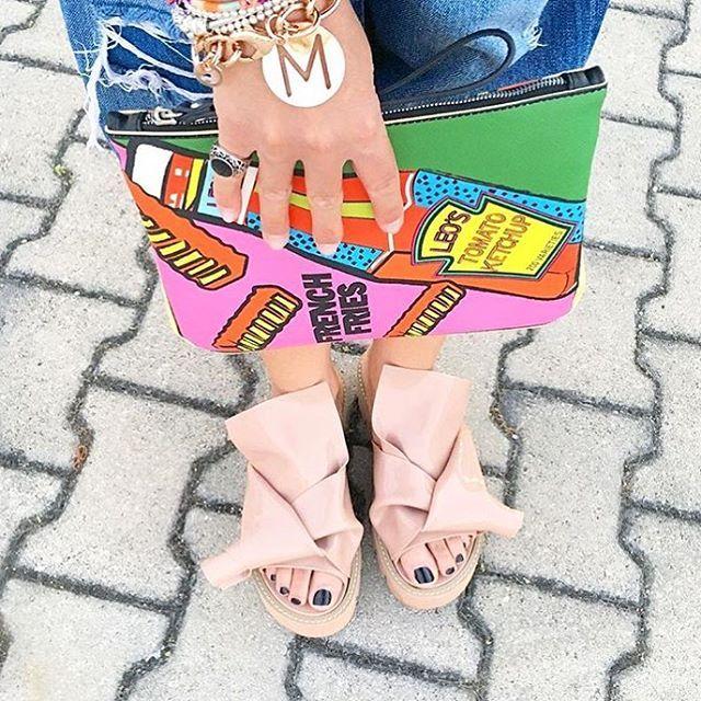 "KNOT sandals by Kartell and N""21 | Kartell is fashion! #n21loveskartell"