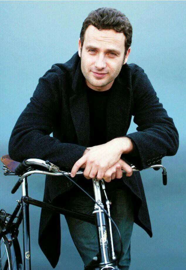 Andy lincoln