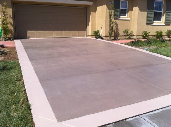 Newlook original solid stain on driveway residential for Black stains on concrete