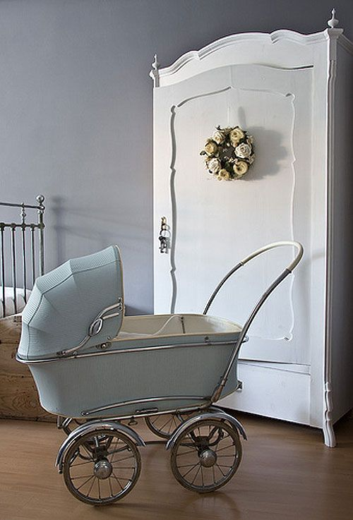 Classic pram in pale blue - awesome. The armoire is very nice too. #poshtots @poshtots