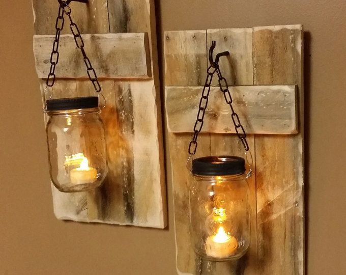Diese Holz Wandleuchter Kerzenhalter sind aus Altholz gefertigt. Die, die abgebildet sind frühen amerikanischen gefärbt. Bitte beachten Sie, dass je nach Alter des Holzes einige der Fleck Option Farben leicht variieren können. Einige leichtere und einige ein wenig dunkler. Sie werden in der Lage, zwischen 5 Jar Tönung Optionen wählen oder löschen keine Tönung. Die Kerzenhalter sind einzeln verkauft. Angegebene Preis ist für eine Wandleuchte. Wenn Sie möchten ein paar bestellen 2. Jeder kommt…