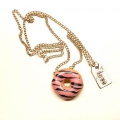 Çilekli donut kolye  - #tasarim #kolye #tasarimci #moda #tarz #trend #design #designer #fashion #limited #handmade tasarım tasarımcı