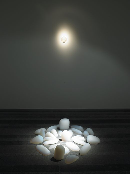 Mariko Mori: Rebirth | Art Exhibitions, Installation Art | Appropriation, Mariko Mori, Religion |Contemporary Art   photographic art I'm trying to understand the aspect of rebirth as stated in the title but it appears to be really calming.
