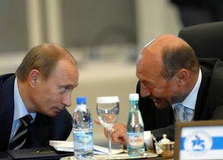 Blogul lui Anton Vasile - Iaşi: Băsescu este trădător de țară