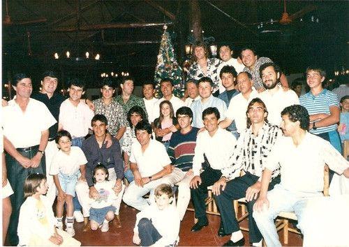 FELIZ NAVIDAD A TODO EL PUEBLO COLOCOLINO - *Imagen plantel de 1991 - Fotolog