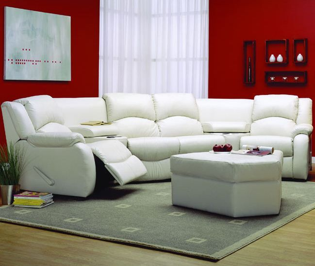 Red+White Sectional = high drama.