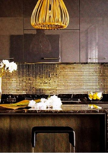 A gold splash back - supremely beautiful for kitchens