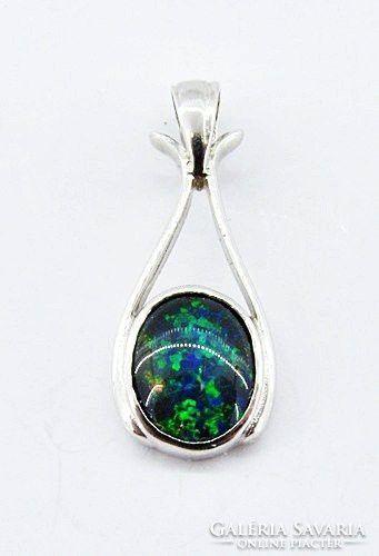 Ezüst medál, Ausztrál fekete opál kővel