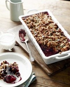 Apple and berry crumble | Pete Evans via Paleo Cafe
