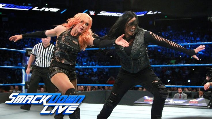 Fatal Four-Way Match - Winner challenges for SmackDown Women's Title: Sm......