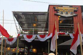 Tiga Tjeret Cafe Surakarta http://armeiliahandayani.blogspot.com/2014/08/tiga-tjeret-cafe-surakarta.html?m=1