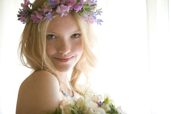Cute photo. Flower wedding crown. | sophie + adam