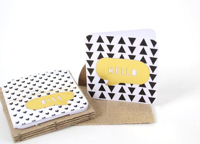 Gold Foil Card Set :: Check out the blog post for go-to shape ideas for last minute cards that look just as good as the ones you take your time on!
