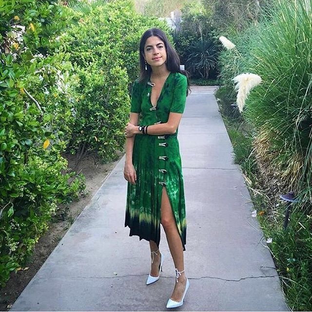 #МИЛАНСКИЕ_ЦЕНЫ Леандра Медин @manrepeller в платье Altuzarra, такое же представлено в #NATA4TSUM по миланской цене.  Цена 169 500 руб. #TSUM #ЦУМ #ALTUZARRA