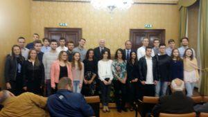 Premio allo studio, mille euro ciascuno a trentuno studenti