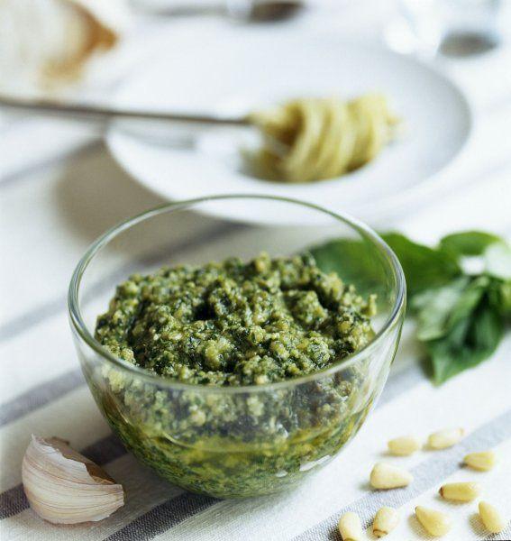 Petersilien-Walnuss-Pesto für Pasta