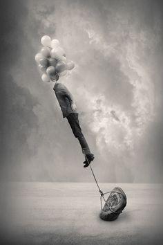 Cabeça nas nuvens e pés no chão   Head in the clouds and feet on the ground #Surrealismo #Surrealism #Surreal