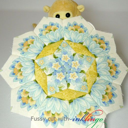 Fussy Cutting with Inklingo – Part 4 on http://www.lindafranz.com/blog/fussy-cutting-with-inklingo-part-4/