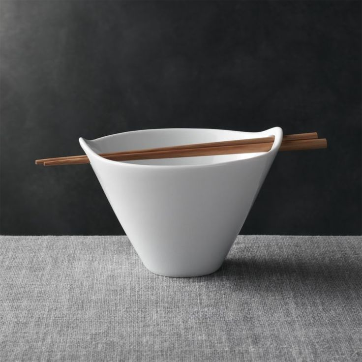 Find soup bowls, salad bowls, dessert bowls and serving bowls at Crate and Barrel. Browse a variety of colors and styles. Order online.
