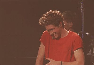 When he giggled in the cutest way possible: | 29 Times Niall Horan Was Utterly Adorable