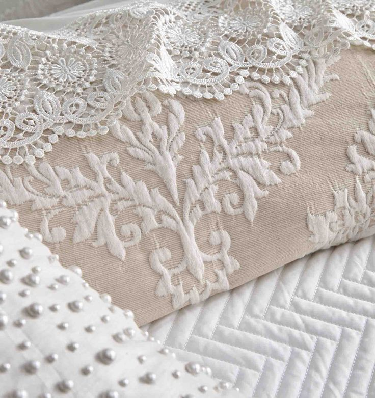 PRIVATE COLLECTION - Victoria Pearl Quilt Cover Set #pearl #cream #Linen #bedroom #floral #bed #décor #style #fashion