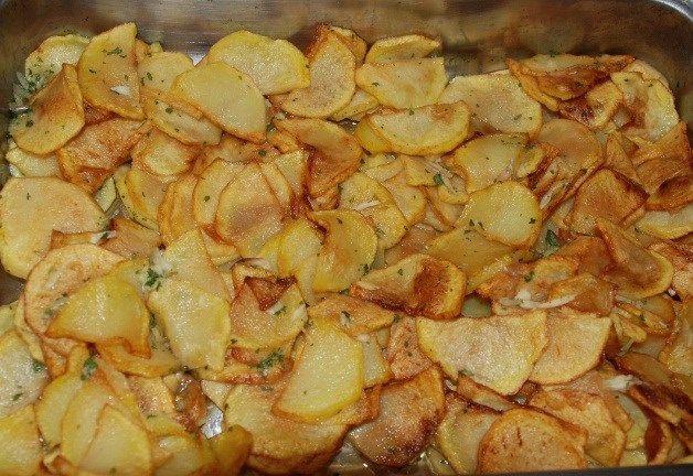 Patatas al horno con perejil y vinagre