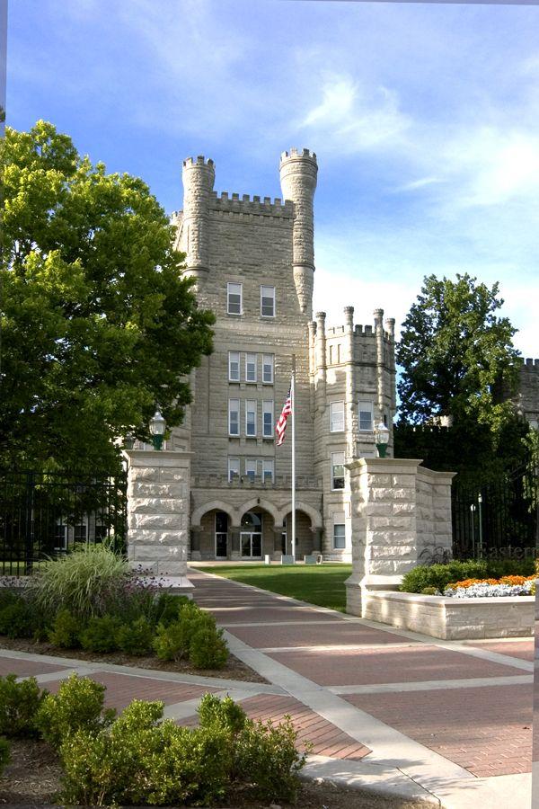 Eastern Illinois University, Illinois