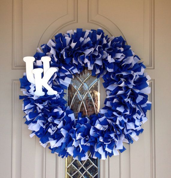 "20"" University of Kentucky Rag Wreath - Blue and White"