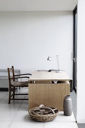 cozy #work space: Interior Design, Workspace, Work Spaces, Interesting Interiors, Desk, Design Studios