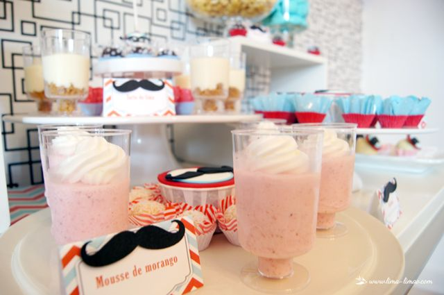 dessert details for this moustache/man themed party