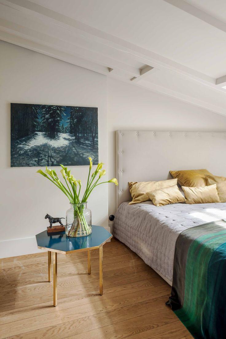 attic bedroom, upholstered bed