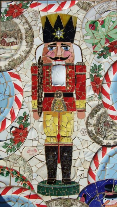 Mosaic Nutcracker | #christmas #xmas #holiday #decorating #decor