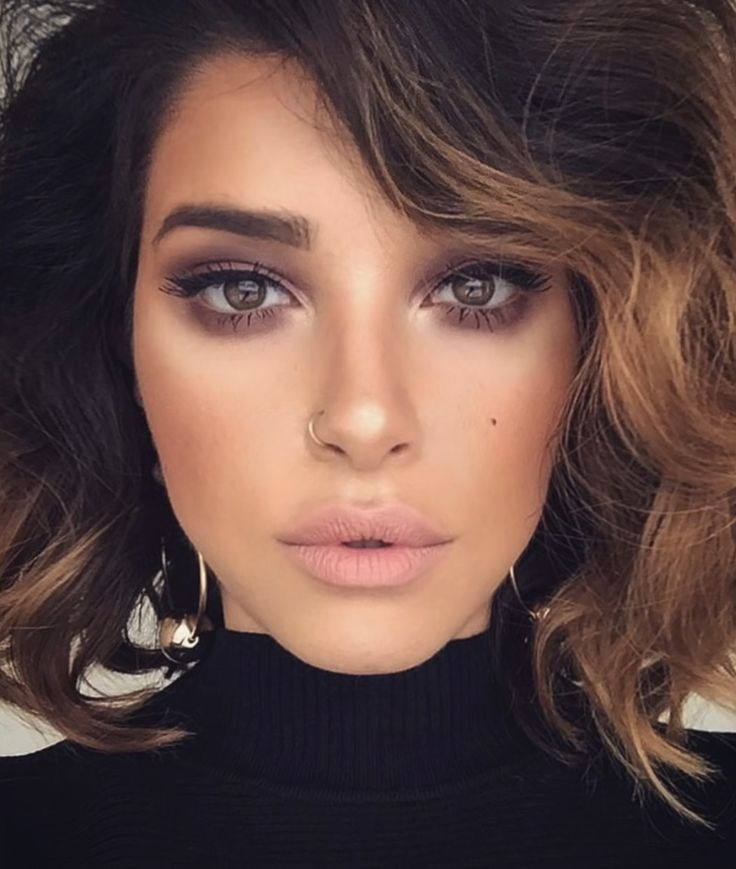 I wish I could find her so I could credit her cause she and this makeup is stunning! I don't know the actual makeup used but it looks like it could be easy to recreate using the Naked 2 palette by Urban Decay #smokeyeye #softbrown #glowy #neutrals #ad