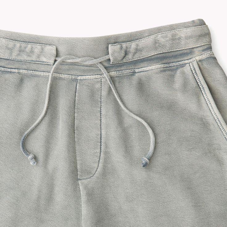 Compra shorts de punto texturizado y explora la colección de pantalones cortos…