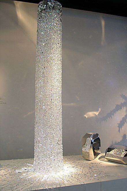 atemberaubend sch ne berlange kristall leuchte f r treppenaufg nge hohe galerien und r ume. Black Bedroom Furniture Sets. Home Design Ideas