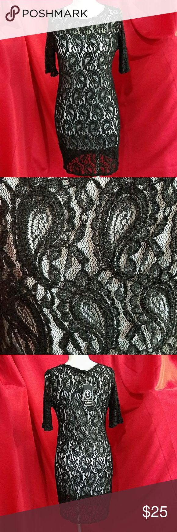 3/4 sleeve paisley print lace bodycon dress Black Lace  White underling Not cheap and flimsy Dresses
