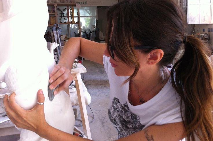 E marmo sia... Pietrasanta marmo statuario work in progress!