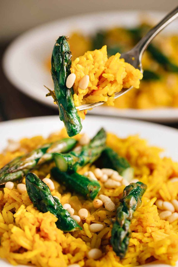 Saffron Rice with Asparagus | via veggiechick.com #vegan #glutenfree