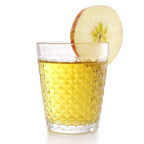 Epledrikk - http://www.dansukker.no/no/oppskrifter/epledrikk.aspx #oppskrift #eple #drikk