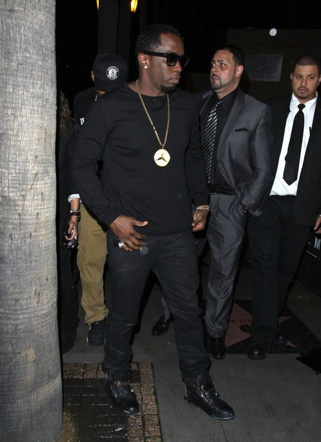 Celebrities Wearing All Black Diddy Wears All Black With