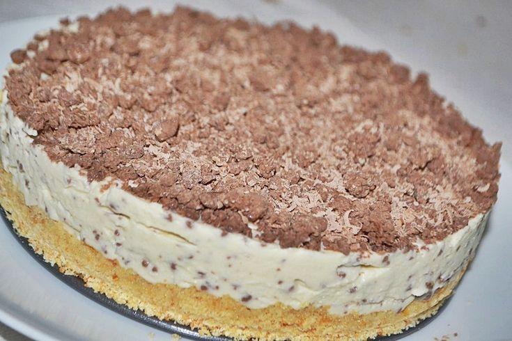 Tort cu bilute de ciocolata