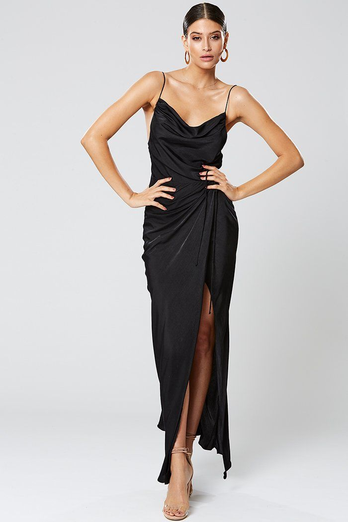 Pin By Ajsela On Outfits Black Maxi Dress Maxi Dress Dresses