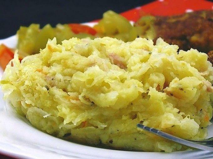 Zapečené zelí s bramborami a slaninkou | NejRecept.cz