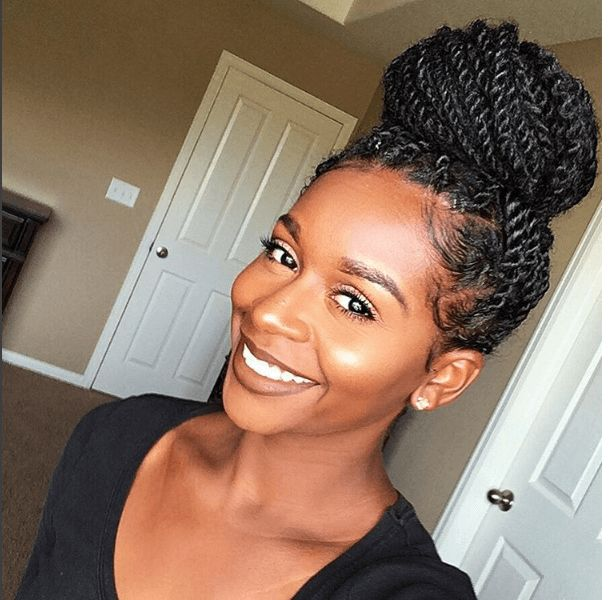 Chic Senegalese Twists Bun IG:@mahoganycurls  #naturalhairmag #protectivestyles  Loveee the twists!