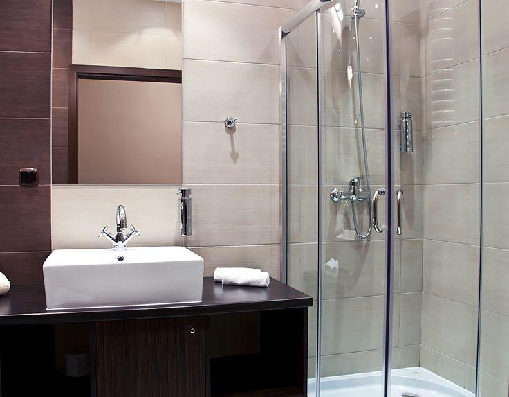 Łazienka w pokoju jednoosobowym