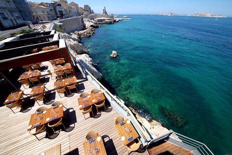Made in Marseille a sélectionné pour vous cinq restos marseillais qui allient cadre exceptionnel et bonne cuisine.