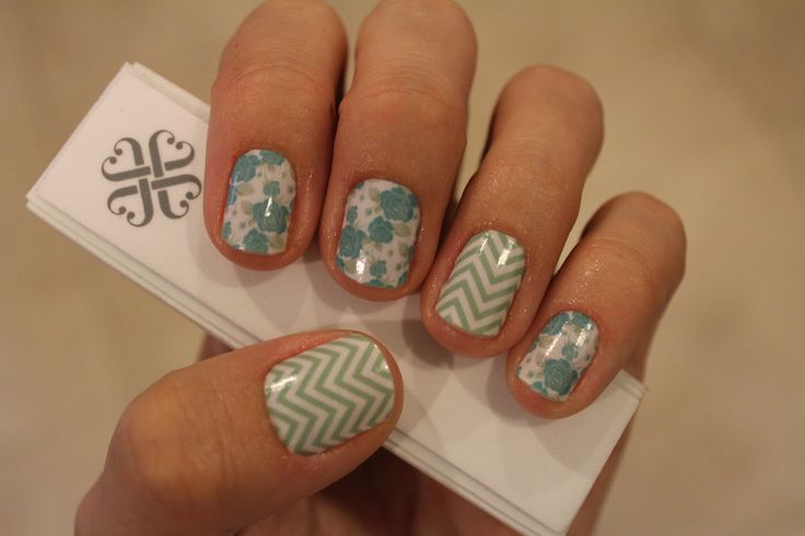 Jamberry nail wraps in Destiny and Mint Green Chevron
