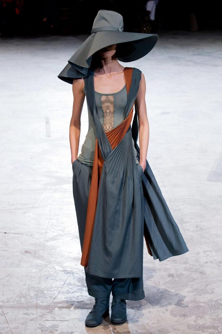 Yohji Yamamoto Fall 2013 RTW Collection - Fashion on TheCut