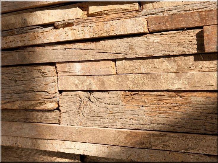 Falburkolat antik faanyagokból